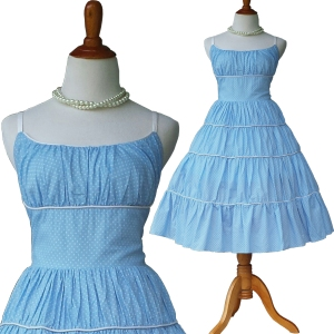 retromarilyndress-babybluedress-bluemarilyndress